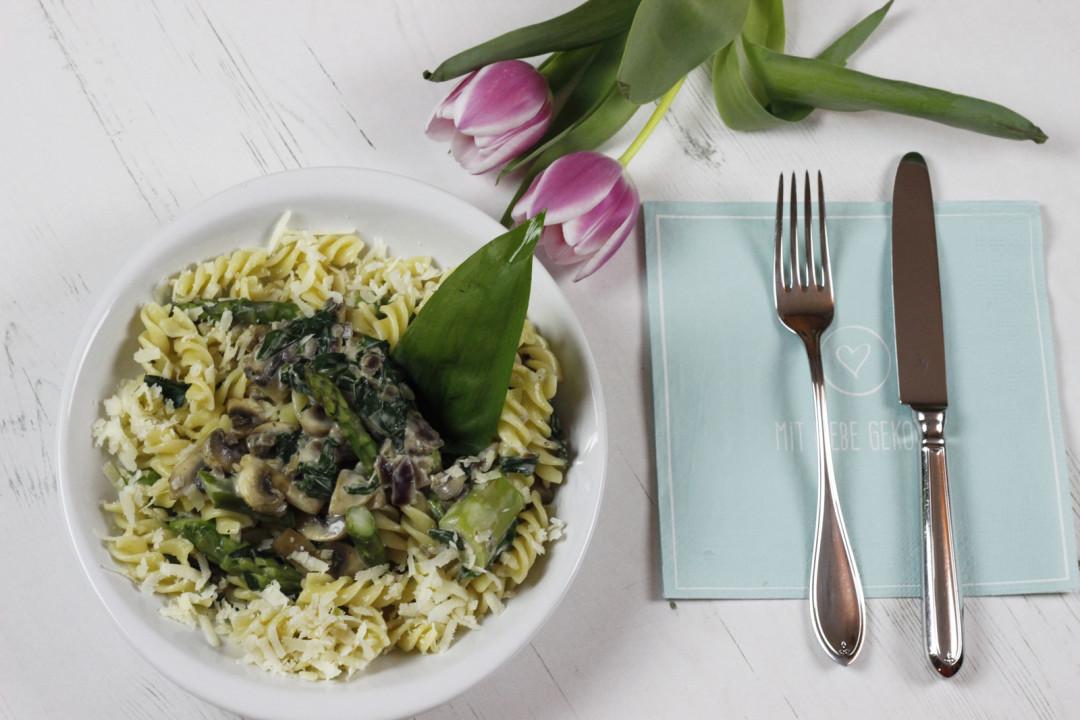 mhmittwoch b rlauch spargel pasta mit champignons. Black Bedroom Furniture Sets. Home Design Ideas