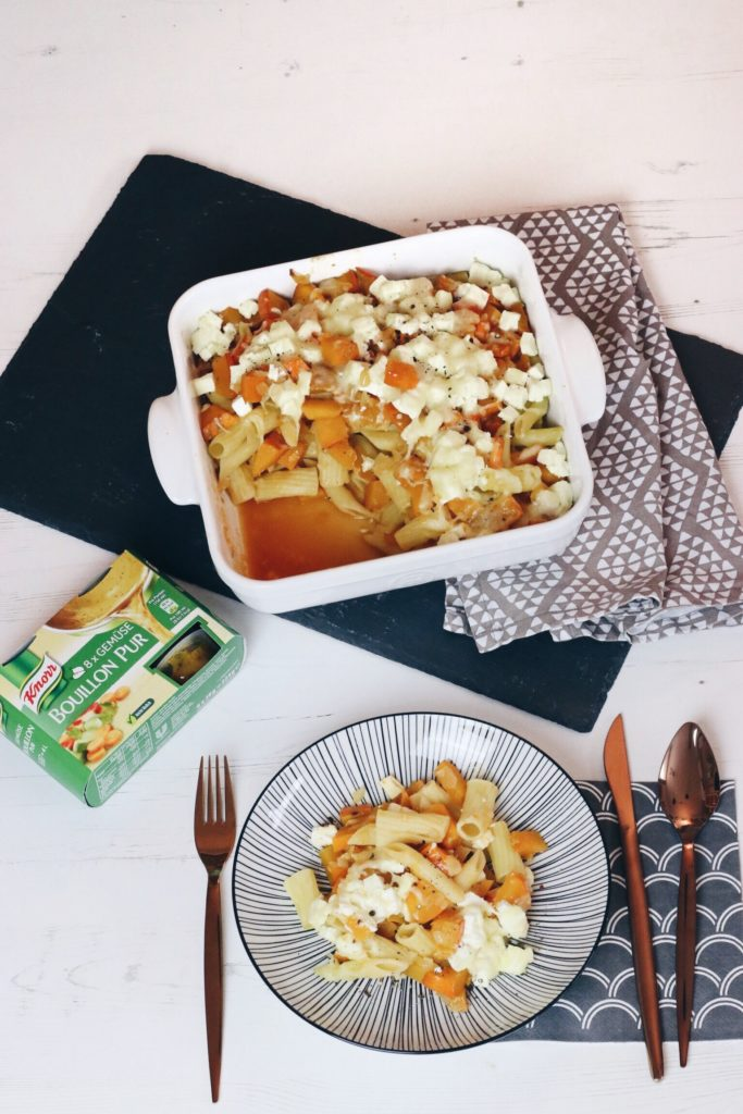 Knorr Bouillon Pur Gemüse Kürbis Feta Nudelauflauf