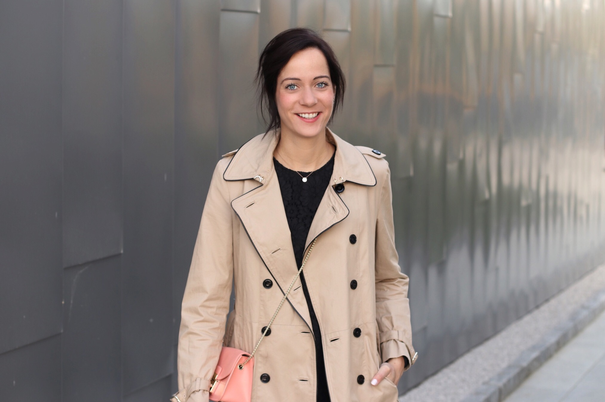 7 Ways To Wear a Trench Coat ThisSpring 7 Ways To Wear a Trench Coat ThisSpring new pictures